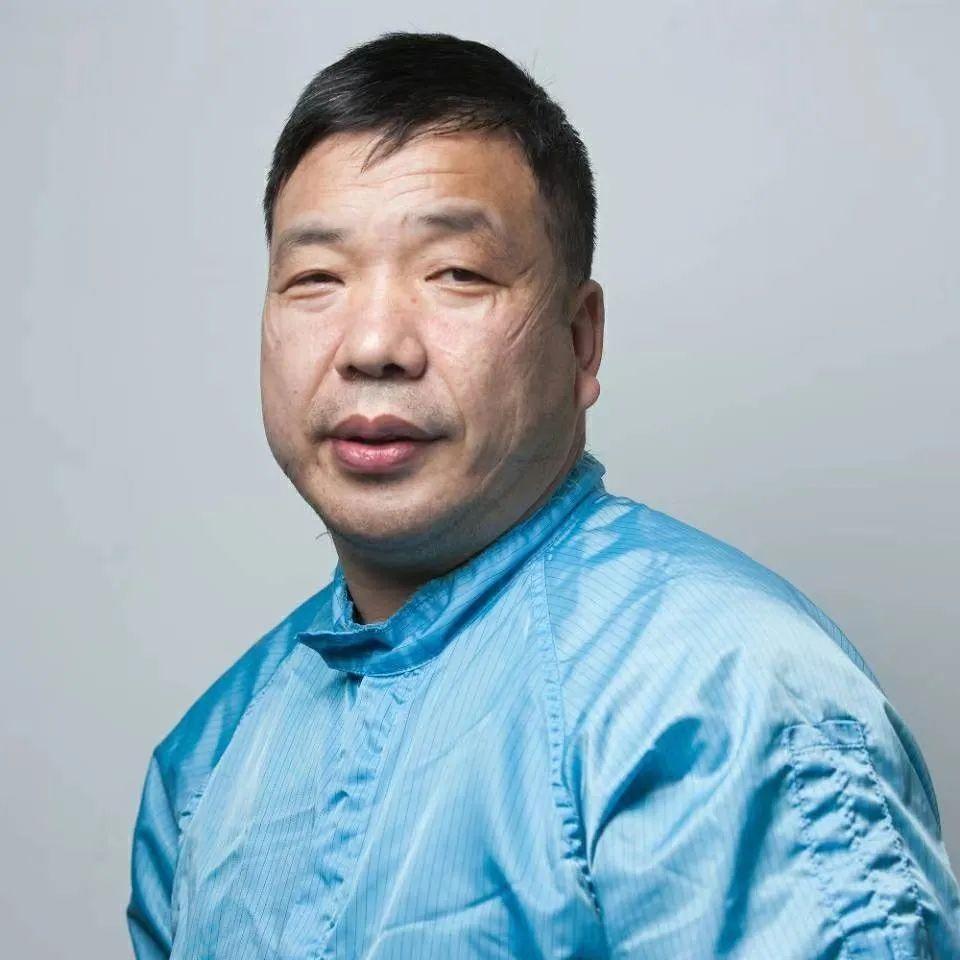 盟员李涛累地:白衣逆行仇敌气,医者丹心